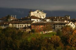 """Il turismo diventa esperienza: l'offerta dell'estate si chiama """"Vivi Borgo Valbelluna"""""""