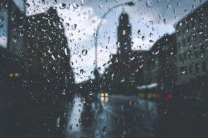 Pioggia intense e temporali: è allerta gialla per i corsi d'acqua
