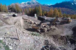 Ambientalisti in marcia: «Le ruspe cantano il de profundis di Cortina»