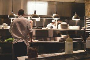 Il Veneto torna in zona gialla: riaprono bar e ristoranti (fino alle 18)