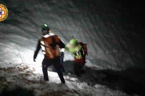 Madre e figlio bloccati nel buio e nella neve: intervengono 10 soccorritori