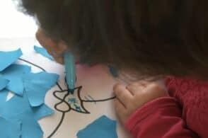 Palloncini colorati per ricordarsi dell'autismo: l'asilo di Polpet si tinge di azzurro