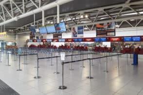 Viaggi: tampone e quarantena obbligatori per chi rientra dall'estero