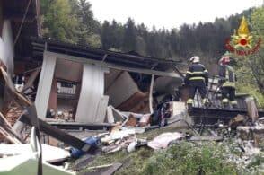 Esplosione in casa, ferite proprietaria e badante. Una è gravissima
