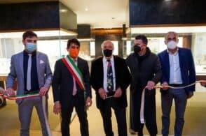 La storia dei vetri artistici veneziani a Feltre: inaugurata la collezione Franzoia – Nasci